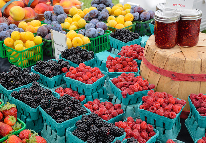 Farmers' Market at Fort Leonard Wood